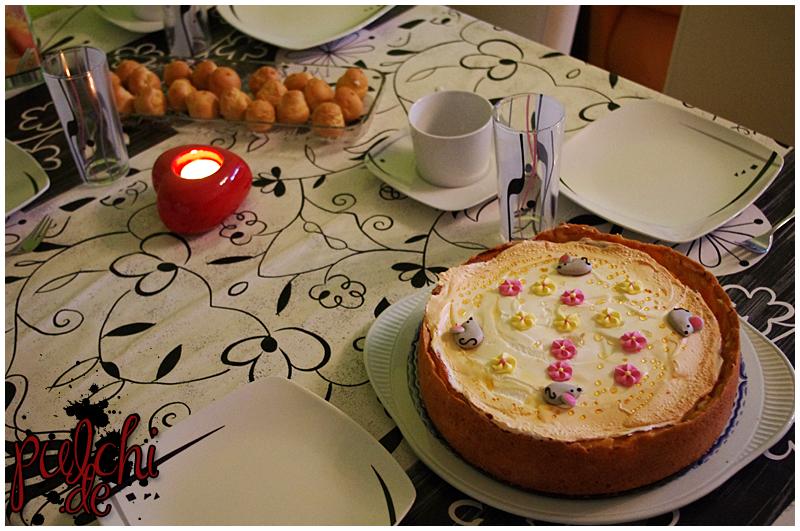 Windbeutel & Vanille-Käse-Kuchen mit Pfirsichen