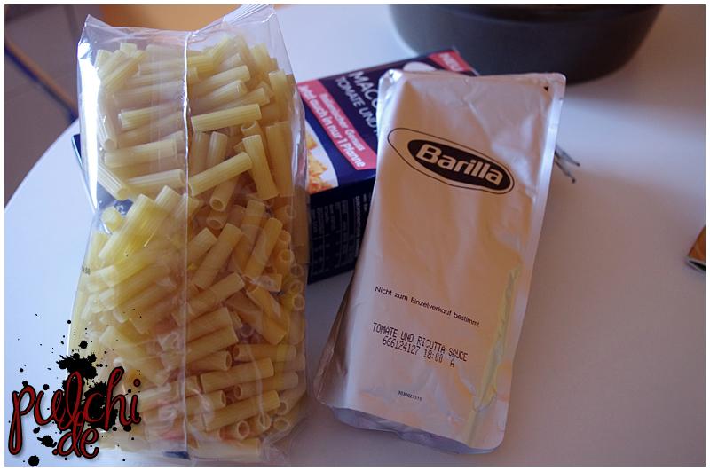 Maccheroni mit Tomate und Ricotta