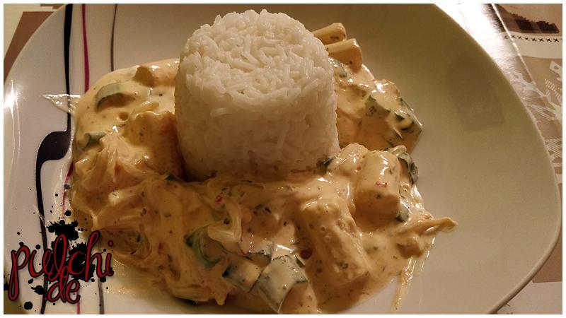 Reis mit Maiskölbchen, Sojasprossen und Lauch