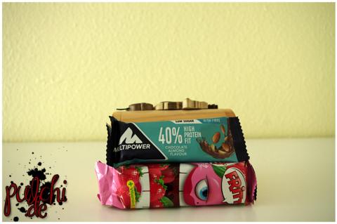 Multipower 40 % High Protein Fit Chocolate Almond Flavour || FRITT Erdbeere