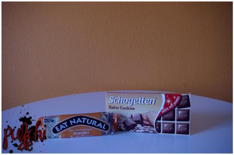 Eat Natural Mandel & Aprikose mit Joghurtüberzug || Schogetten Hafer Cookies
